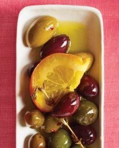 Aceitunas adobadas con fruta y finas hierbas