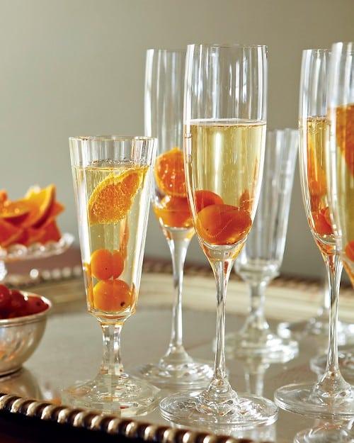 Coctel de champagne y kumquat