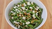 Ensalada de judías verdes con nueces y queso
