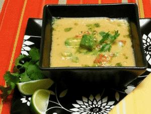 sopa de aguacate y maiz