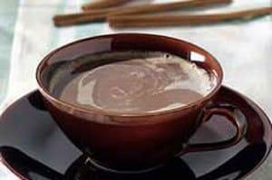 Café de chocolate con canela