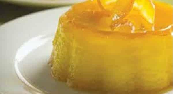 Flan de Yogurt con Naranja