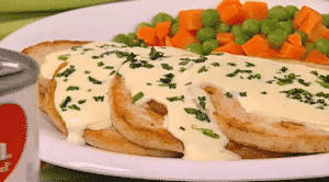 Pollo con salsa de perejil