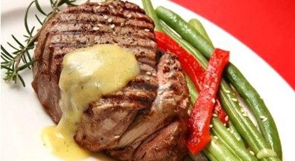 Filete Miñón con Salsa Bearnesa