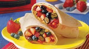 Burritos relleno de frutas del bosque