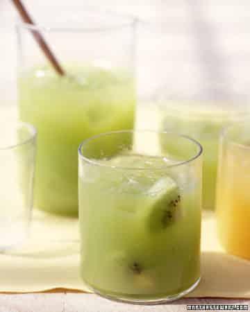 Zumo kiwi y uvas