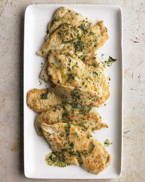 Pechuga de pollo con mantequilla de finas hierbas