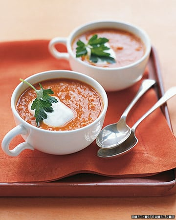 Sopa de tomate y garbanzos