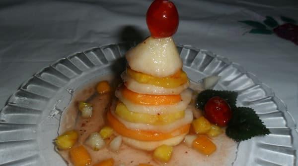 Árbol de Navidad con Frutas Naturales