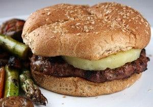 Hamburguesa estilo teriyaki