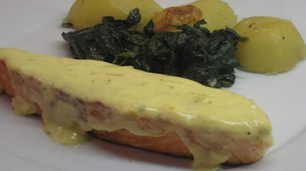 Salmón a la Crema de Naranja y Cilantro