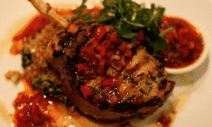 Salsa de menta y tomate para cordero