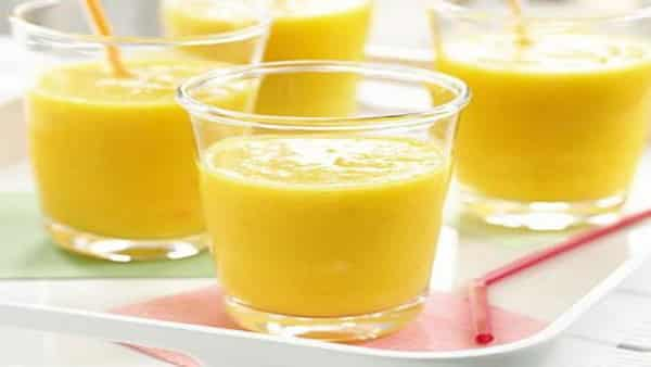 Bebida Helada de Piña y Mango