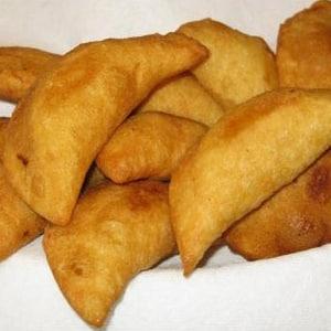 Empanaditas Rellenas de Queso
