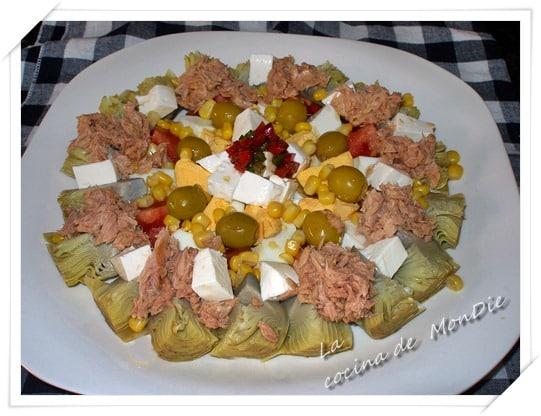 Ensalada de tomate y alcachofa