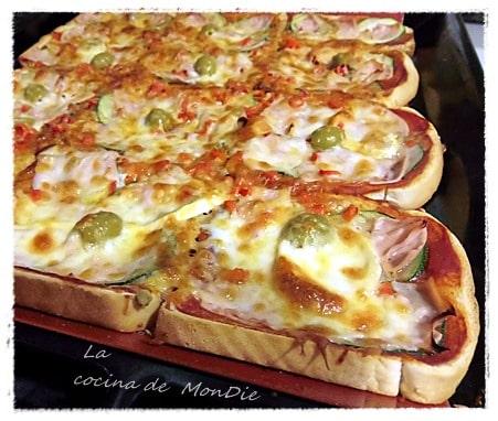 Pizza de molde con rulo de cabra