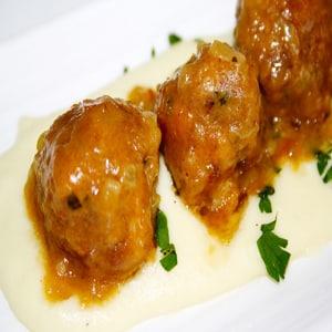 Albóndigas en Salsa Española