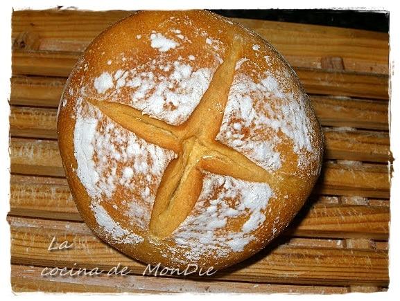 Pan casero de masa madre