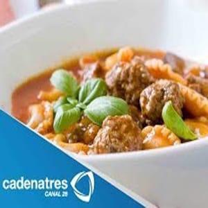Sopa con Albondiguitas y Tortellini