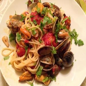 Espaguetis con Almejas o Spaguetti a le Vongole