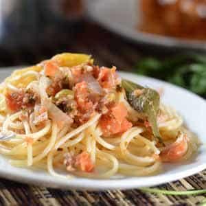 Espagueti con Atún a la Veracruzana
