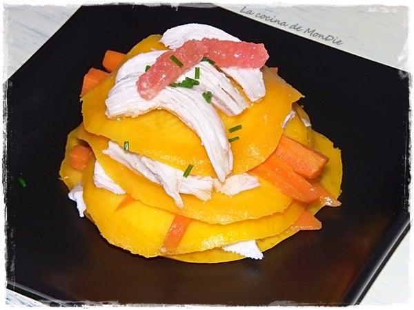 Milhojas de mango y pollo escabechado