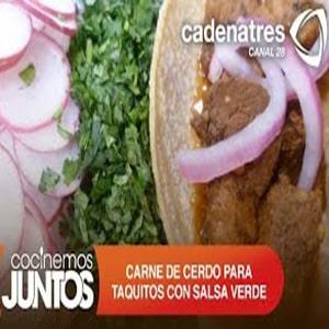 Carne de Cerdo para Taquitos con Salsa de Chile Verde y Cebollitas