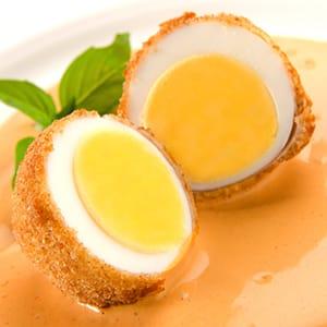 Huevo Empanizado con Aderezo