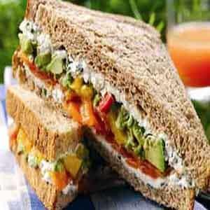 Sándwich de Salmón y Huevo