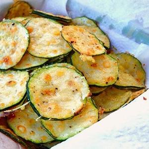 Chips de Calabacín y Parmesano