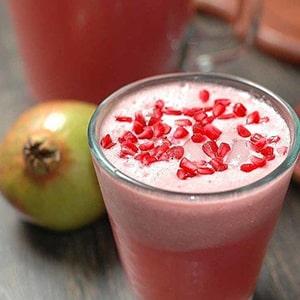 Agua de Granada Roja y Frutas