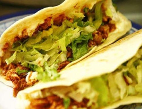 Tacos de Pollo Adobado