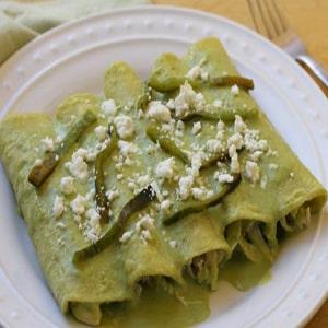 Enchiladas de Pollo Ligeras con Rajas
