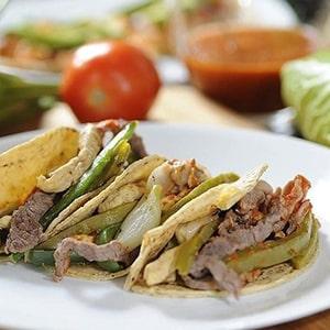 Tacos de Carnes Mixtas con Nopales